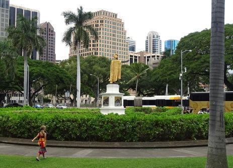 horizon-mix6t-honolulu-king-kamehameha-statue