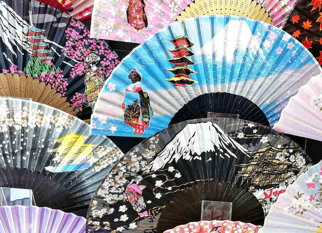 Japon éventails colorés